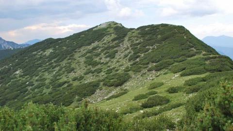 Srednji vrh v Kamniško-Savinjskih Alpah