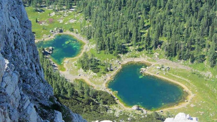 Pogled s Tičarice na Dvojno jezero